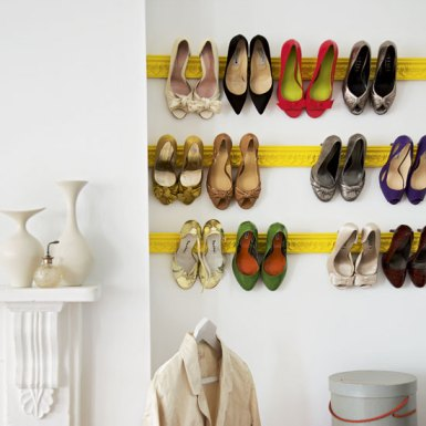 Easy Shoe Rack with One Piece of Crown Molding