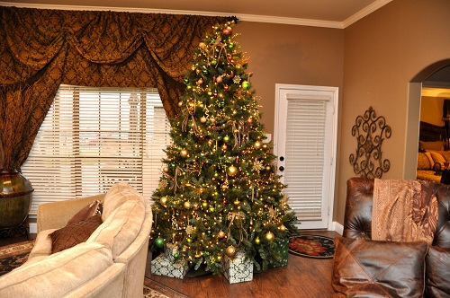Nine foot Christmas tree gold decoration