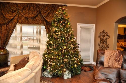 Nine foot Christmas tree gold decoration