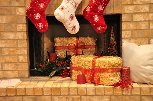 Christmas decoration hay bales fire place