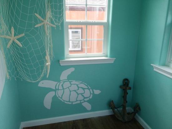 playhouse interior - turtle
