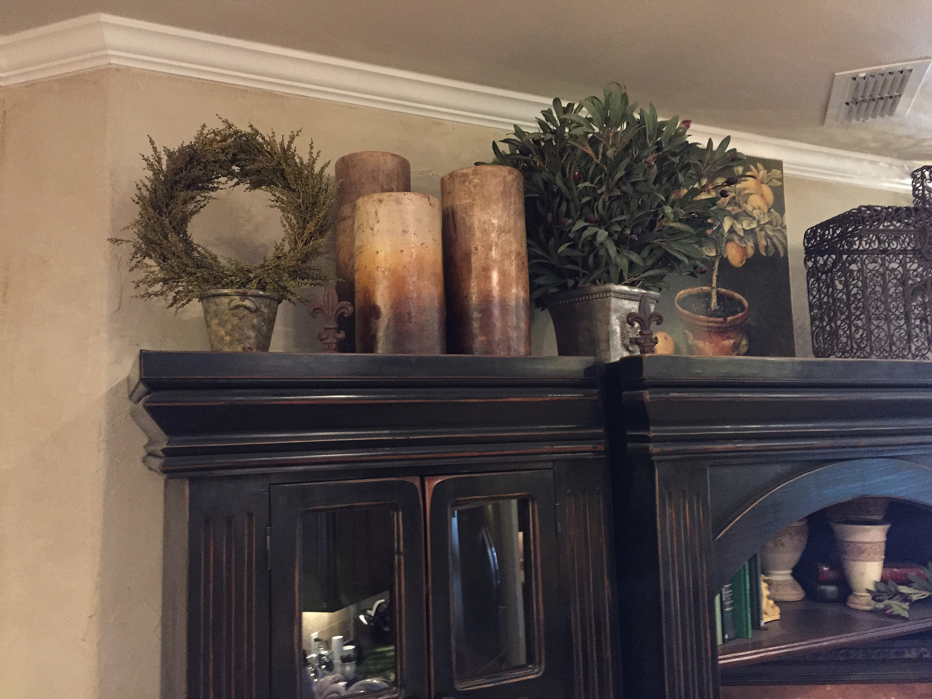 Large Items Are Better For Decorating Above Cabinets Because They Are More  Visible And Make A Big Impact On The Overall Theme Of The Area You Are  Decorating ...