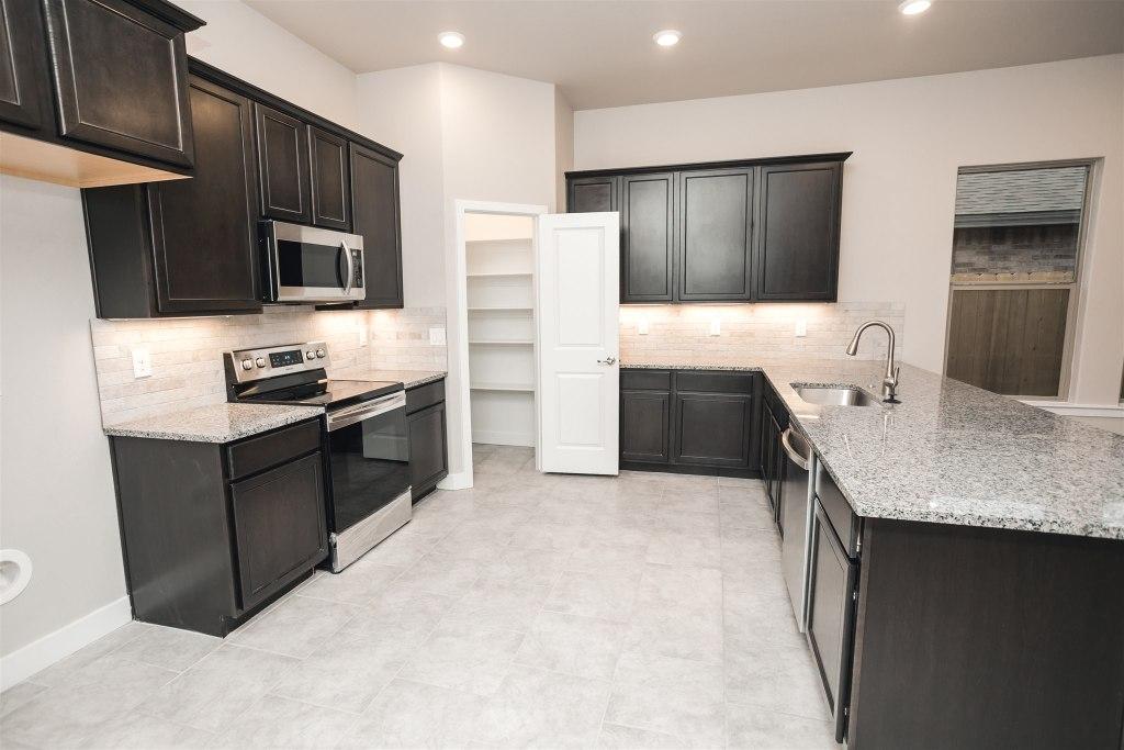 Nikki Kitchen New Home Floor Plan